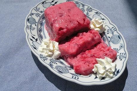 ribisel-joghurt-terrine.jpg