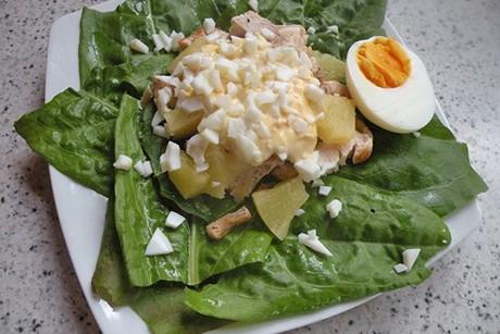 gefluegel-ananas-salat.jpg