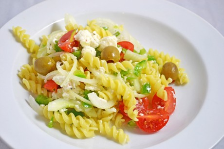 griechischer-nudelsalat.jpg