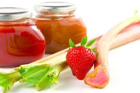 erdbeer-rhabarber-marmelade.jpg