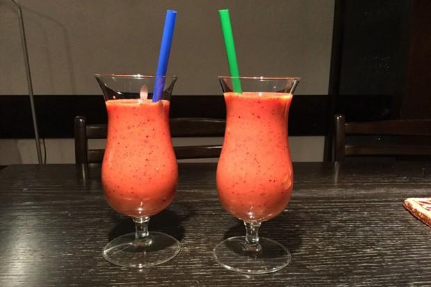 Mango-Berry-Smoothie