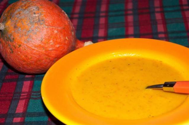 zwiebel-kuerbissuppe.jpg