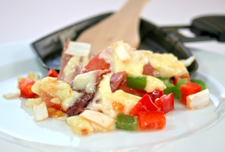 raclette-mit-salami.jpg