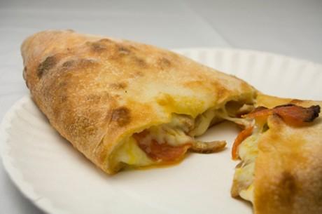 calzone-pizza.jpg