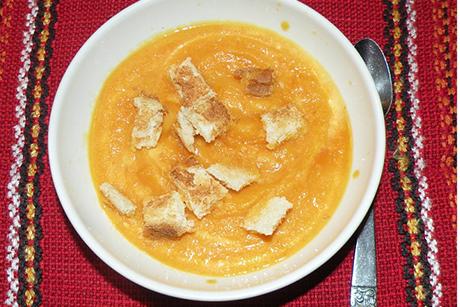 karotten-ingwer-cremesuppe.jpg