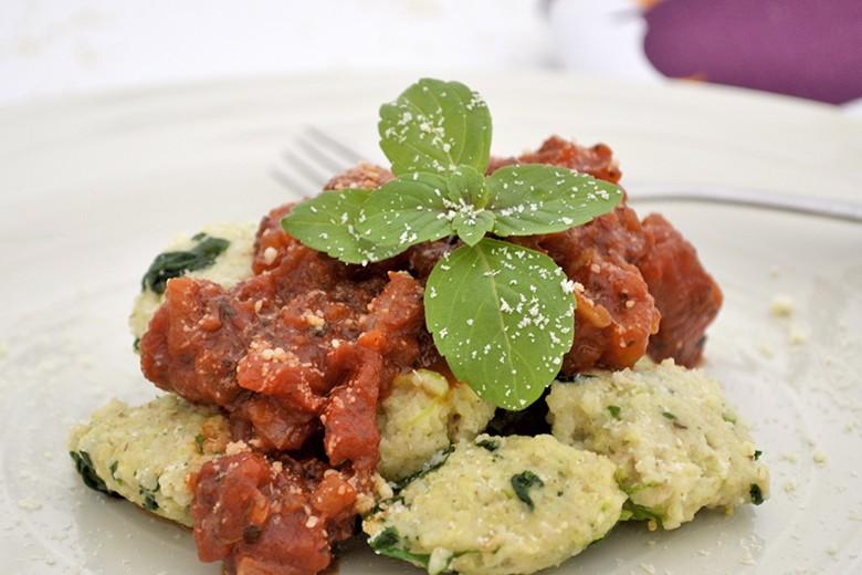 hirsegnocchi-mit-tomatenragout.jpg