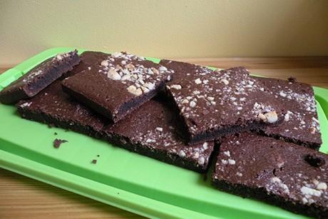 brownies-mit-macadamiannuesse.jpg
