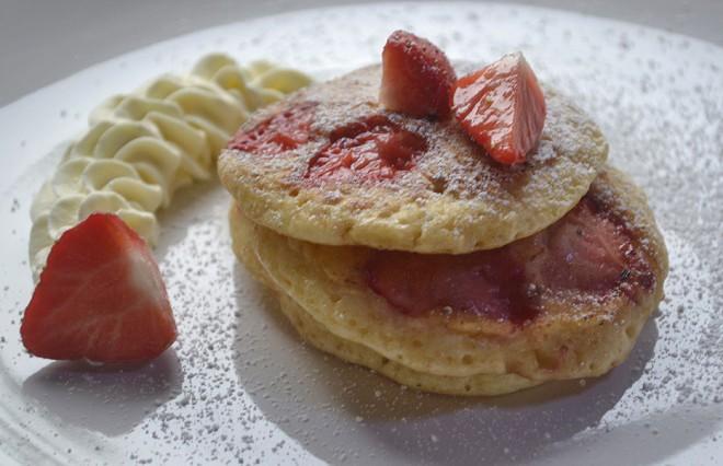 erdbeer-pancakes.jpg