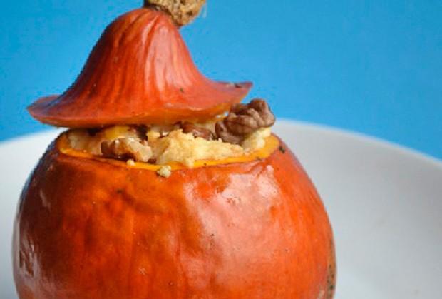 vegetarisch-gefuellter-kuerbis.jpg