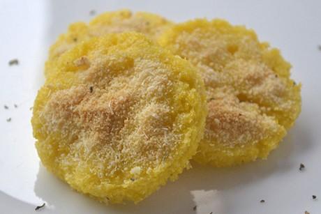 polentataler-mit-parmesan.jpg