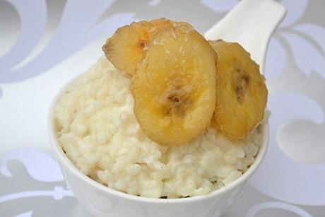 kokosmilchreis-mit-gebratenen-honigbananen.jpg