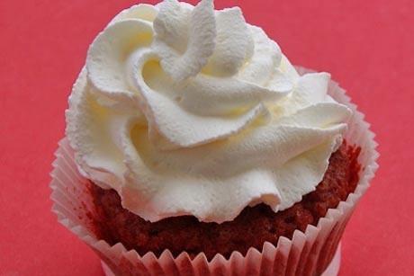 red-velvet-cupcakes.jpg