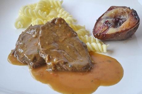 rindsschnitzel-in-rotweinsauce.jpg