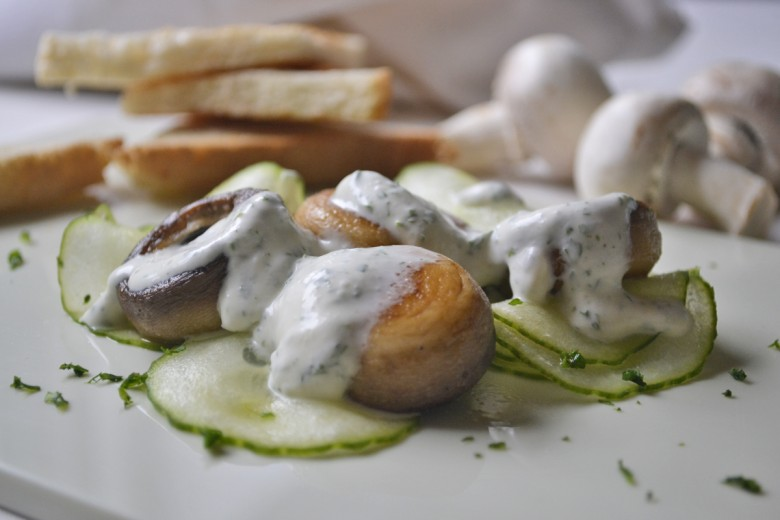 champignons-mit-creme-fraiche.jpg
