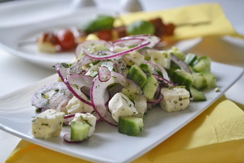 gurkensalat-mit-feta-kaese.jpg