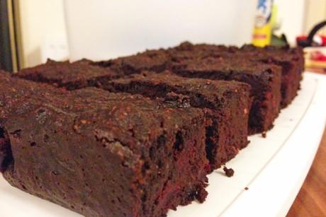 rote-rueben-schoko-brownies-paleo.jpg