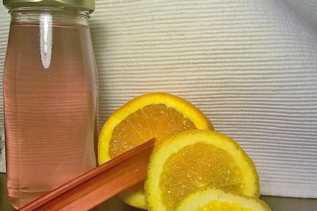 Rhabarber Limonade mit Orange