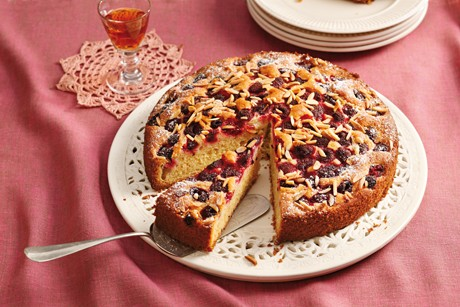 feine-himbeerbiskuit-torte.jpg