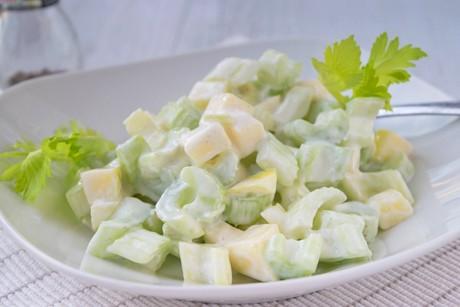 stangensellerie-salat.jpg