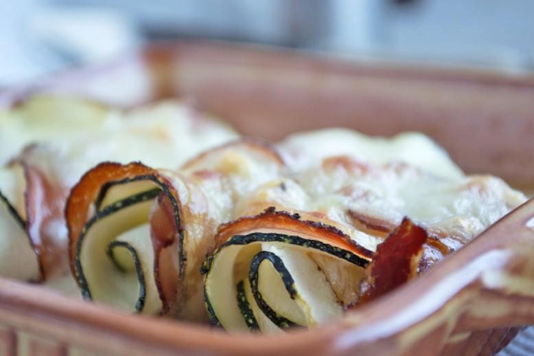zucchinirollen-mit-mozzarella.jpg
