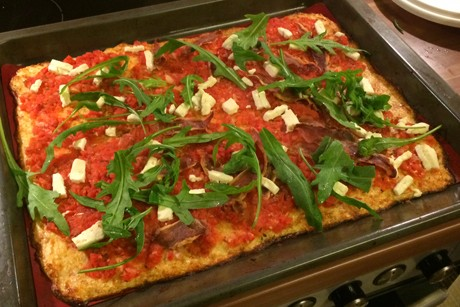 paleo-karfiolteig-pizza.jpg