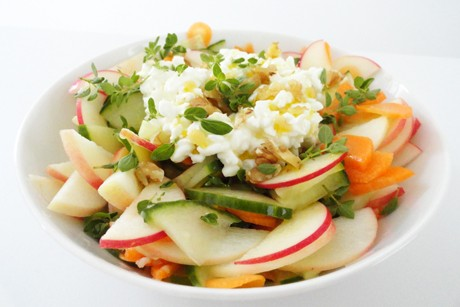 sommerlicher-salat.jpg