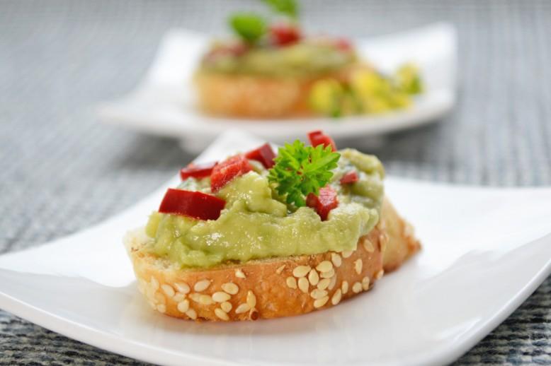 avocado-paprika-bruschetta.jpg