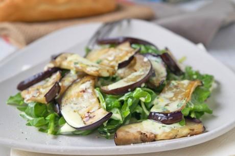 melanzani-salat-mit-frischem-rucola.jpg
