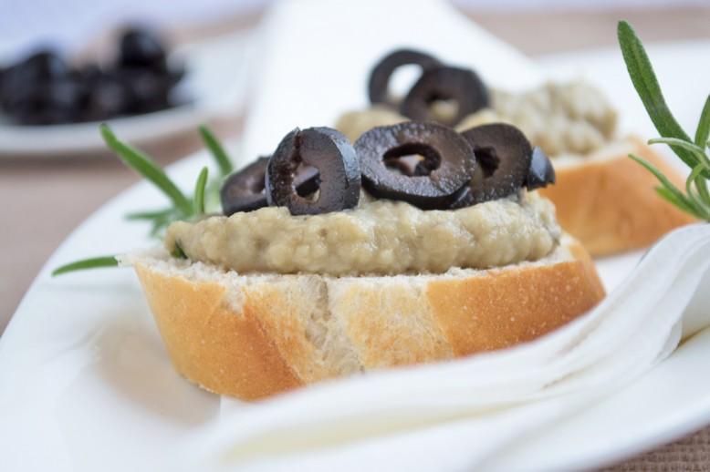 oliven-melanzani-aufstrich.jpg