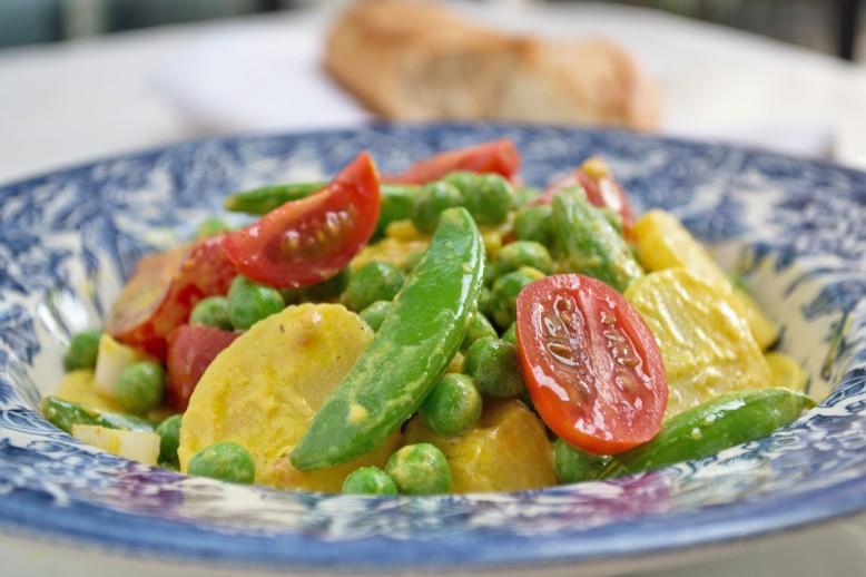 kartoffelsalat-mit-curry-dressing.jpg