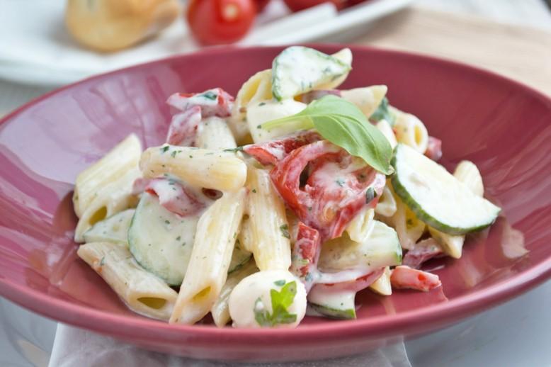 penne-salat-mit-joghurt.jpg
