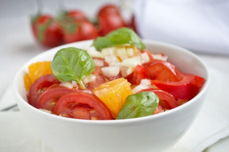 tomaten-orangen-salat.jpg