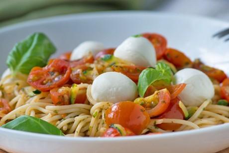 zucchini-tomaten-spaghetti.jpg