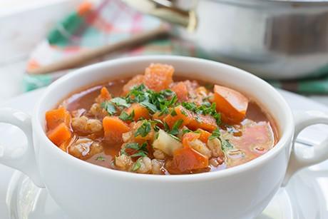 gesunde-dinkel-gemuese-suppe.png