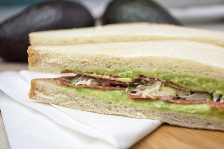 avocado-sandwichcreme.jpg