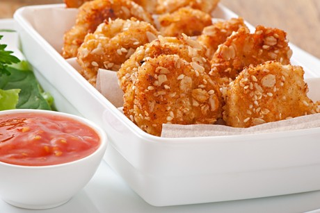 chicken-nuggets-mit-sesamkruste.jpg