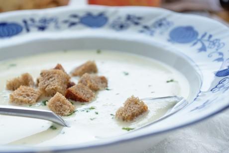 sellerie-apfel-suppe.jpg