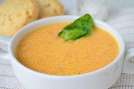 kuerbissuppe-mit-orangen.jpg