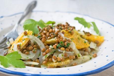 wurzelpetersilien-salat-mit-linsen.jpg