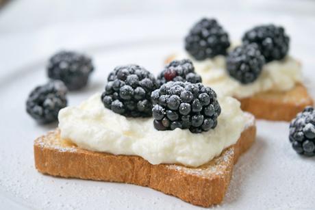 einfacher-brombeer-snack.jpg