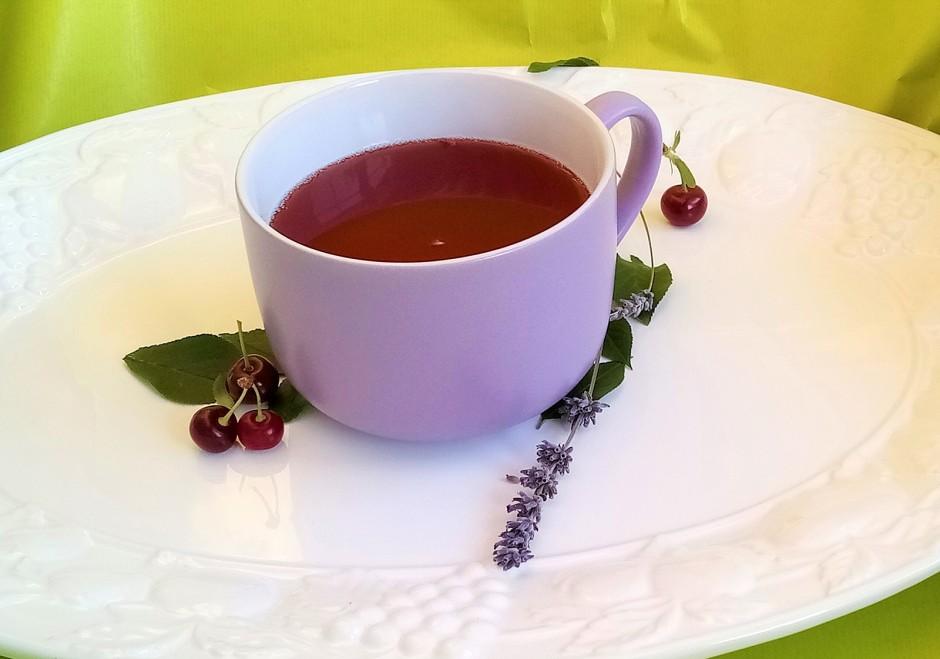 Kirsch-Lavendel-Tee