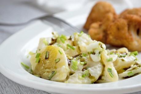 kartoffelsalat-mit-joghurt-dressing.jpg