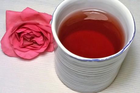 rosenessenz.png