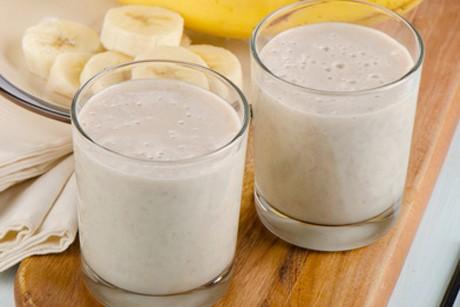 joghurt-bananen-shake.jpg
