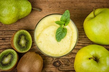 kiwi-apfel-birnen-smoothie.jpg