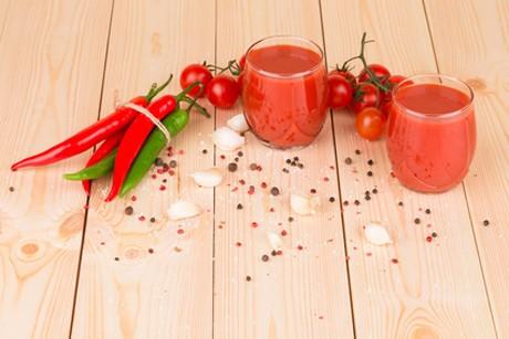 erdbeer-chili-lassi-mit-minze.jpg