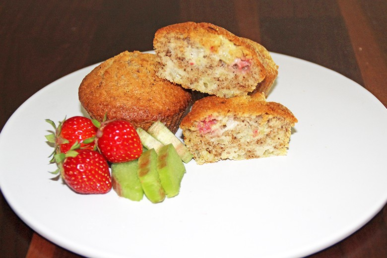 erdbeer-rhabarber-muffins.jpg