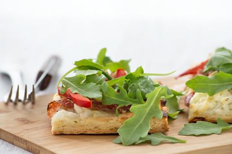 salami-mozzarella-flammkuchen.jpg