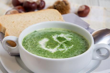 spinat-maroni-suppe.jpg