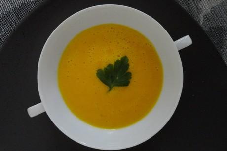 fruchtige-orangensuppe.png